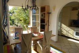 Rousseau-Esszimmer-Küche