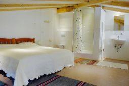 Soleil-Levant-Galerie-Schlafzimmer-Bad